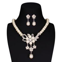 Brautschmuck Schmuckset Perlen Collier Kette Ohrringe Kristall Blume Blüte Hochzeit